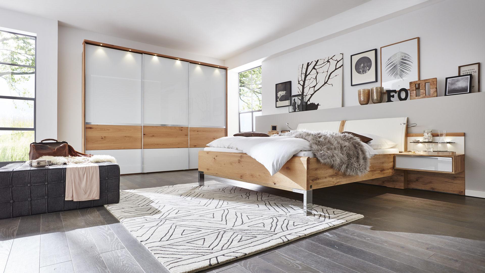 Schlafzimmer modern weiß holz  Möbel Boer Coesfeld | Markenshops | Schlafzimmer | Interliving ...